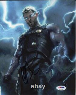 Chris Hemsworth Avengers Endgame Autographed Signed 8x10 Photo PSA/DNA COA
