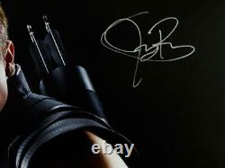 Jeremy Renner Autographed 16x20 Hawkeye Photo Close Up Blk Background- JSA W