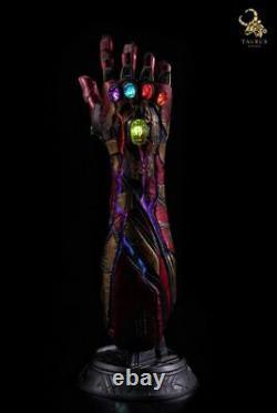 Avengers Endgame Signé Robert Downey Jr Iron Man Gauntlet Taurus Efx Beckett