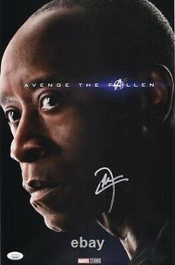 Don Cheadle Authentic Hand-signé Avengers End Game 11x17 Photo (jsa Coa)