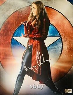 Elizabeth Olsen Signé 11x14 Photo Silver Scarlett Sorcière Wandavision Beckett
