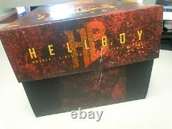 Hot Toys 16 Hellboy Action Figurine Film Version Gratuite
