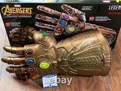 Josh Brolin Signé Thanos Gauntlet Beckett Coa H45755 Bas Psa/dna Marvel